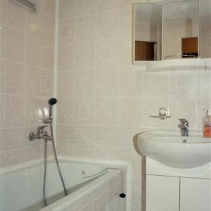 umakartová koupelna