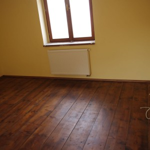 pokladani-plovouci-podlahy-1