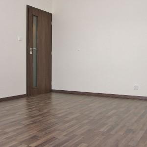pokladani-plovouci-podlahy-2
